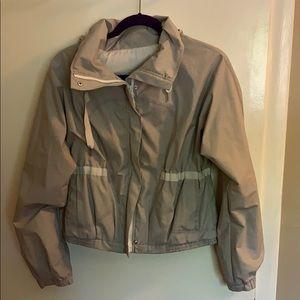 Lululemon windbreaker/rain coat